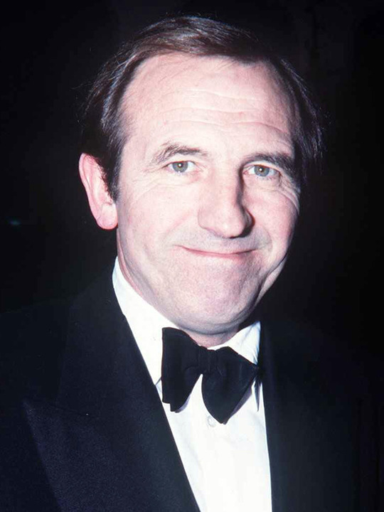 leonard rossiter filmsleonard rossiter and joan collins, leonard rossiter ralph fiennes, leonard rossiter, leonard rossiter squash, leonard rossiter le petomane, leonard rossiter grave, frances delatour leonard rossiter, leonard rossiter rising damp, leonard rossiter daughter, leonard rossiter interview, leonard rossiter 2001, leonard rossiter youtube, leonard rossiter find a grave, leonard rossiter films, leonard rossiter funeral, leonard rossiter scandal
